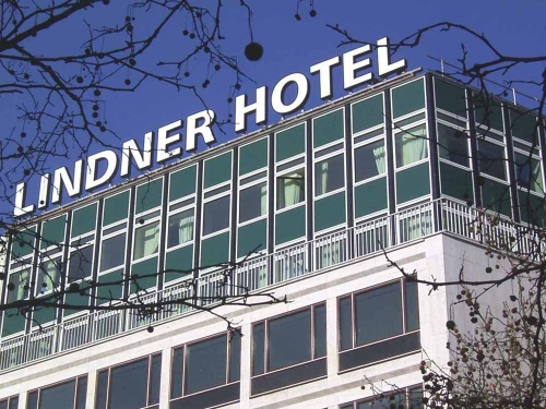 lindner hotel berlin charlottenburg g tz bellmann. Black Bedroom Furniture Sets. Home Design Ideas